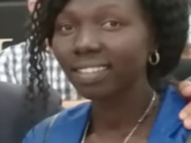 Martha Maestra en Kakuma